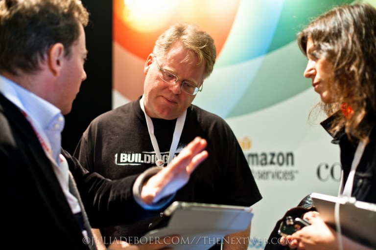 Guillaume and I, explaining to Robert Scoble why the new Scoop.It coming next week is AWESOME ;)